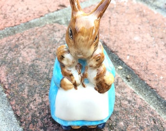 Beatrix Potter Mrs. Rabbit and Babies