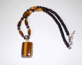 Stunning sterling silver tigers eye necklace pendent