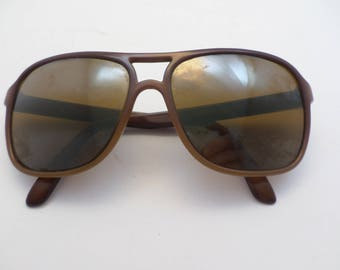 Vintage Vaurnet France 70's polarized sunglasses brown Ambre yellow lense