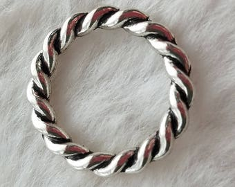 Large Closed Connector Rings - Twisted Rope Pattern - Package of 10