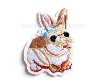 Patch, badge fusible rabbit to sew or iron 62 x 45 mm