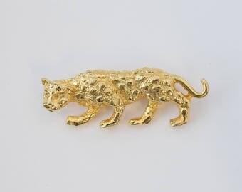 1970's Gerrys Gold Leopard Brooch