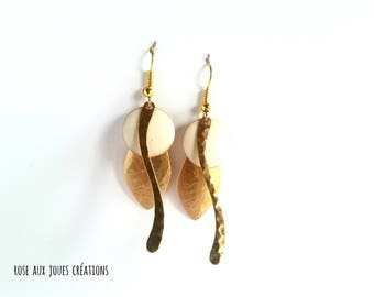 Earrings graphic gold and white