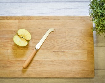 Recycled solid oak cutting/cheese board