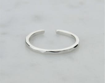 Sterling Silver 925 Hammered Silver Toe Ring - Adjustable! 1.5mm Width