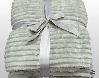 Multi-use Polar Sofa Bed Travel Fleece Blanket - Ref. Glam - Grey