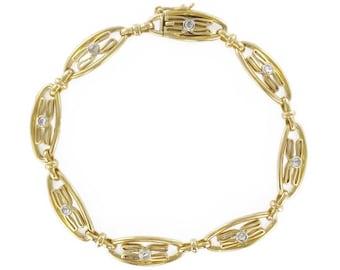 Vintage bracelet gold diamonds