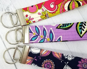 Key Wristlet - Key Fob - Key Ring - Keychain - Vera Bradley style floral - Quilted - Gift for Teacher, Mom, Best Friend, Dog Mom, Pet Sitter