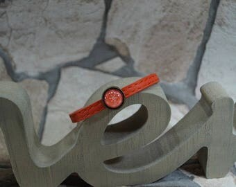 "Salmon leather bracelet ""Ice crystal cabochon"""