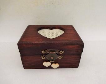 Wooden Engagement Ring Box, Small Proposal Ring Box, Rustic Wedding Ring Box, Boho Ring Bearer Box, Wedding Ring Box, Wedding Ring Holder