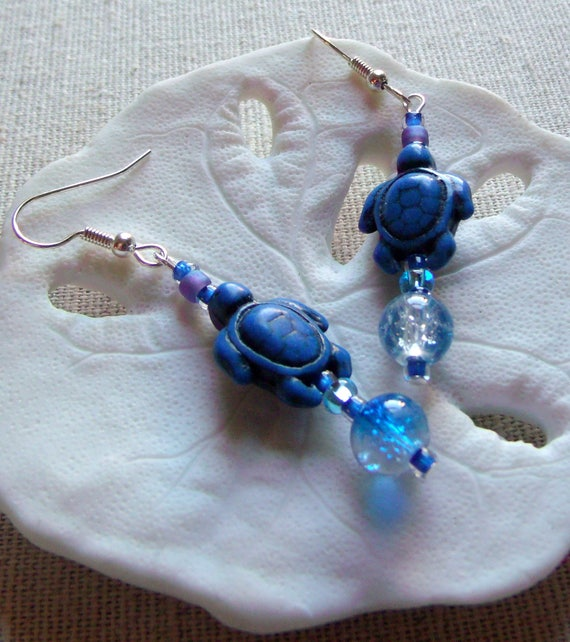Blue Turtle earrings - aqua crackle beads - dangle earrings - howlite turtle earrings - animals - 1.5 inch long - Gift - Lizporiginals