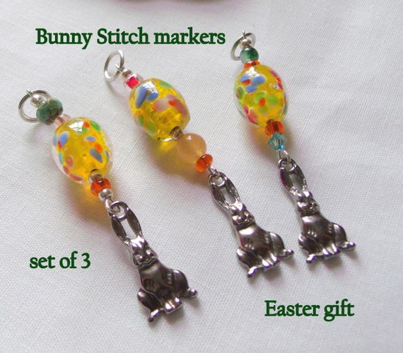 Yellow dot Bunny favors - Easter party - Spring ornaments - Knitting crochet stitch markers - flower basket - party charms - Set of 3