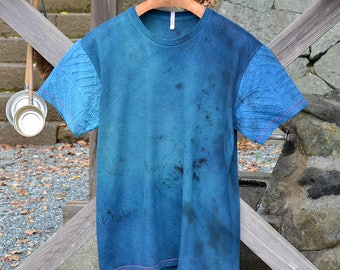 Shibori dyed handcrafted t-shirt. Japanese inspired tee. Japanese motif.Japanese pattern. Stained.Blue.Indigo. Limited edition.Made in Japan