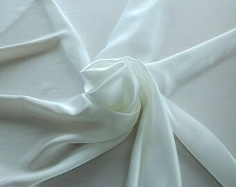 1712-002 - Crepe Satin silk 100%, width 135/140 cm, made in Italy, dry cleaning, weight 100 gr