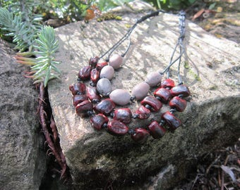 Ethnic necklace seeds and macrame