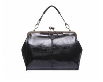 Black Vintage Frame Kisslock Clasp Bag