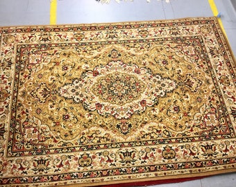 Carpet rug 100% wool flowered pattern brown beige and yellow color warm vintage rug old big rug retro suitable for home and restaurant.