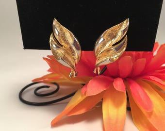 Coro Goldtone Leaf Clip on Earrings