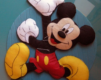 little mouse - mickey mouse - announcement - garland - birth bow - disney