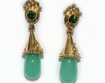 18K GOLD Offerings Sajen Chrysoprase and Chrome Diopside Earrings