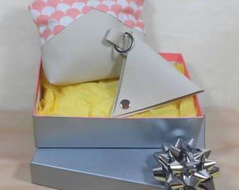 Coffret cadeau pour femme : trousse et porte-monnaie beiges- idée cadeau fête des mères