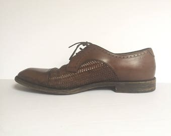 Vintage Mens Ferragamos / Size 9 Handmade Italian Leather Shoes
