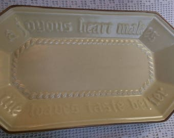 Pfaltzgraff vintage bread tray #528.