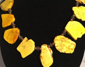 Yellow Magnesite Stone Necklace with Matching Earrings