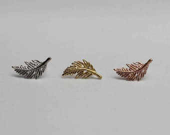 Feather Stud Earrings / feather cartilage studs, leaf earrings, boho feather earrings, tribal earrings, gift for her / E0-65
