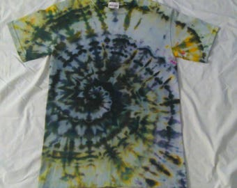 Small Tie Dye Gildan Heavy Cotton Short Sleeve Tshirt