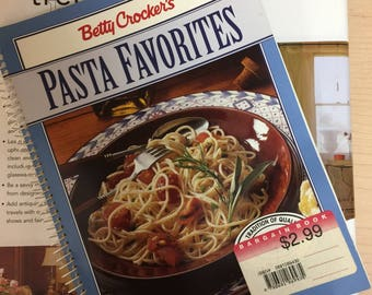 Betty Crocker's Pasta Favorites Cook Book