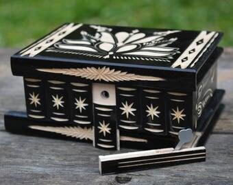 Hand carved PUZZLE BOX Wooden Jewelry box Keepsake box Birthday gift Unique Secret Box Mystery box Magic Secret Compartment box Locking box