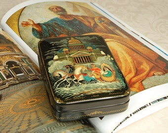 "Russian Lacquer Box ""Saint-Petersburg"" Three horses Troika hand paint jewelry box Kholui folk art"