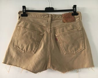 Levis 501 High Waisted Shorts Size 31/34