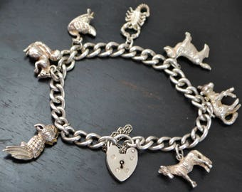 1974 STERLING SILVER Heavy ANIMAL Themed Charm Bracelet & Working Padlock Clasp
