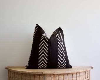"""18x18   """"Elaina"""" Authentic African Mud Cloth Pillow Cover"""