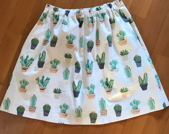 Skirts with side pockets or with zip and folds in organic cotton made by hand