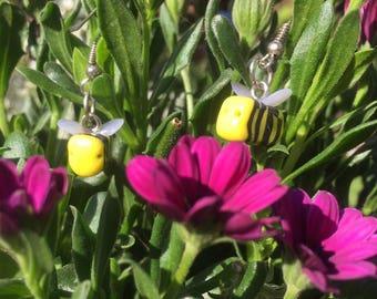 Buzzing Bees earrings