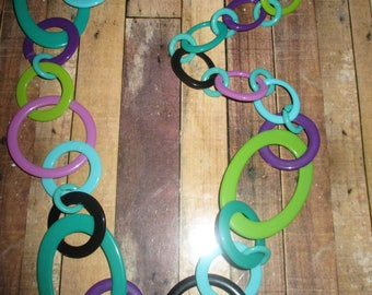 1960s Hippy Style Plastic Hoop Necklace