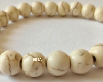 Bracelet Magnesite beads 8 mm single