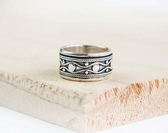 Bella Spinning Ring, Sterling Silver Spinner Ring, Gold Anxiety Ring, Fidget Ring, Worry Ring, Meditation Ring, Fidget Jewelry, Blue Topaz