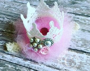 First birthday hair bow - Cake smash- Birthday girl- Photo prop - Accessories - Hair accessories - Crown - Crown hair bow - Handband