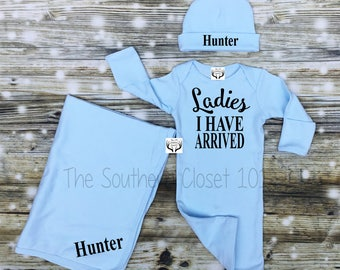 Newborn Baby Gown,Newborn Boy Coming Home Outfit,Baby Boy Coming home Outfit,Newborn Boy Gown,Baby Boy,Hospital Baby Gown,Custom Name