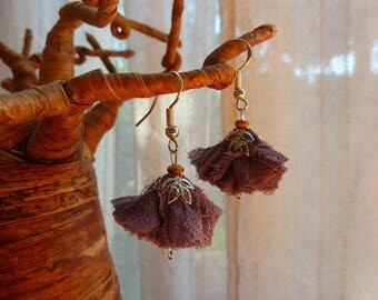 Earrings purple fabric and Pearl flower Woods vintage and silver metal