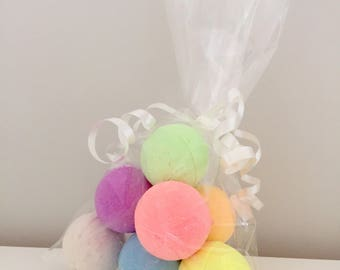Bag of mini bath bombs