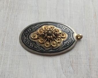 Vintage Filigree Sterling silver pendant