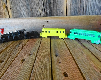 Vintage Midgetoy  Miget-toy Train Set Lot 4 each Rockford,Illinois Made in USA