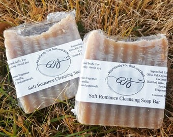Soft Romance Soap Bar with Kaolin Clay   Body Cleansing Bar   Palm Free