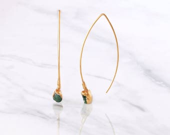 Raw Emerald Earring, May Birthstone, Raw Crystal Earrings, Rough Emerald Earrings, Boho Earrings, Statement Earrings, Bridal Earrings