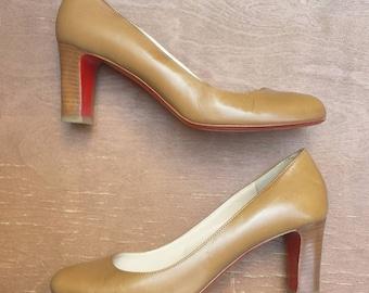 1990's Christian Louboutin 'Akdooch' leather pumps - Size 7 - light beige